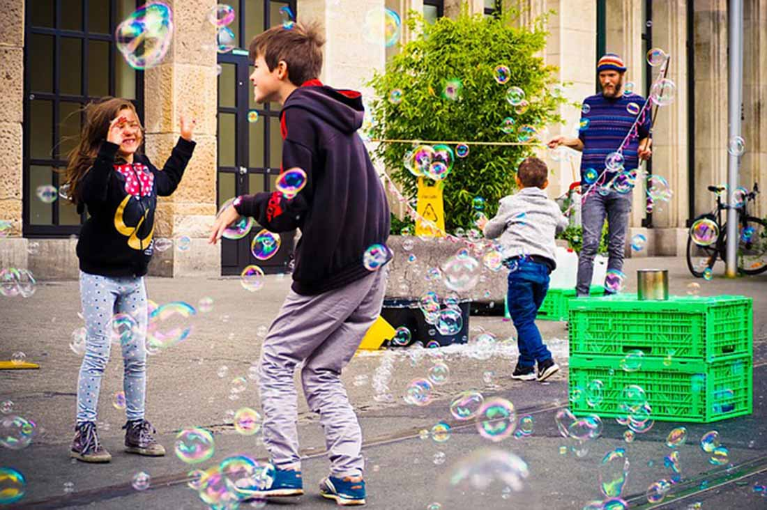 Children's Favorite Games, Bubbles